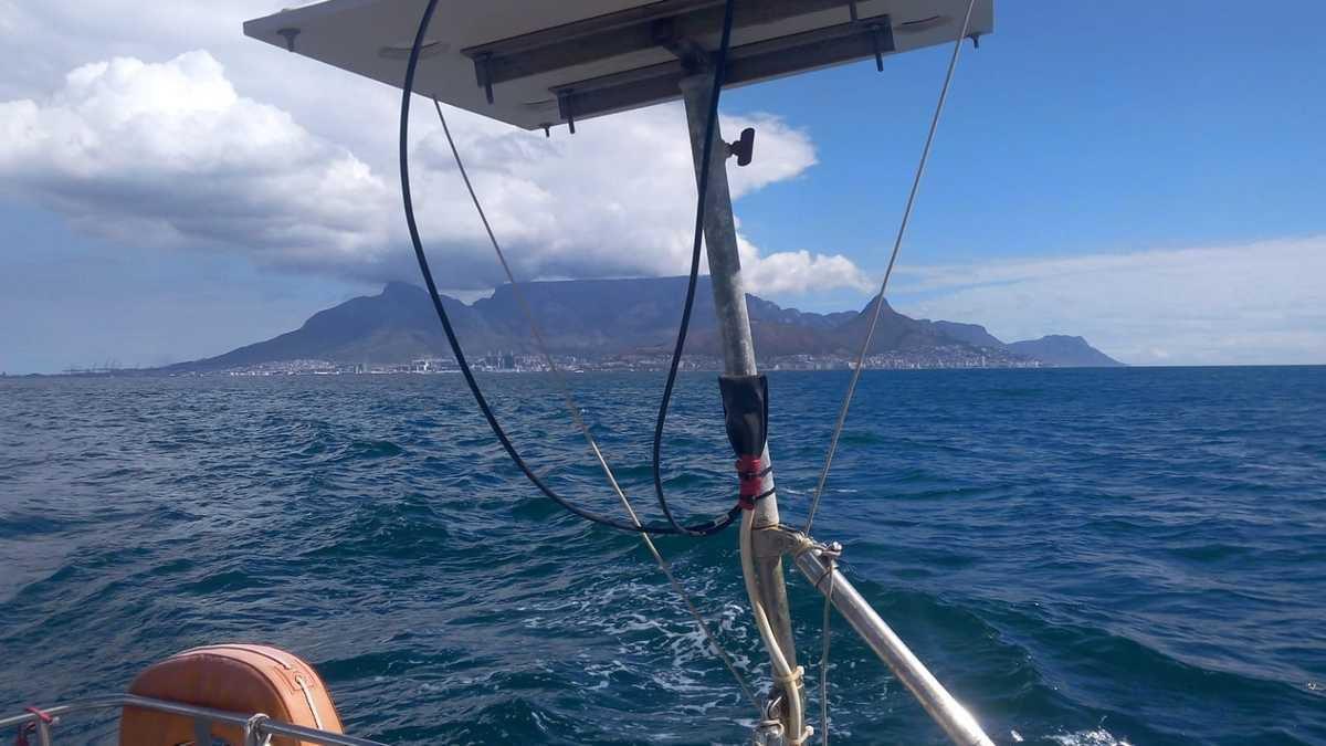 Interview 3ème partie; le bateau, l'escale à  Cape Town, Manu et les enfants...