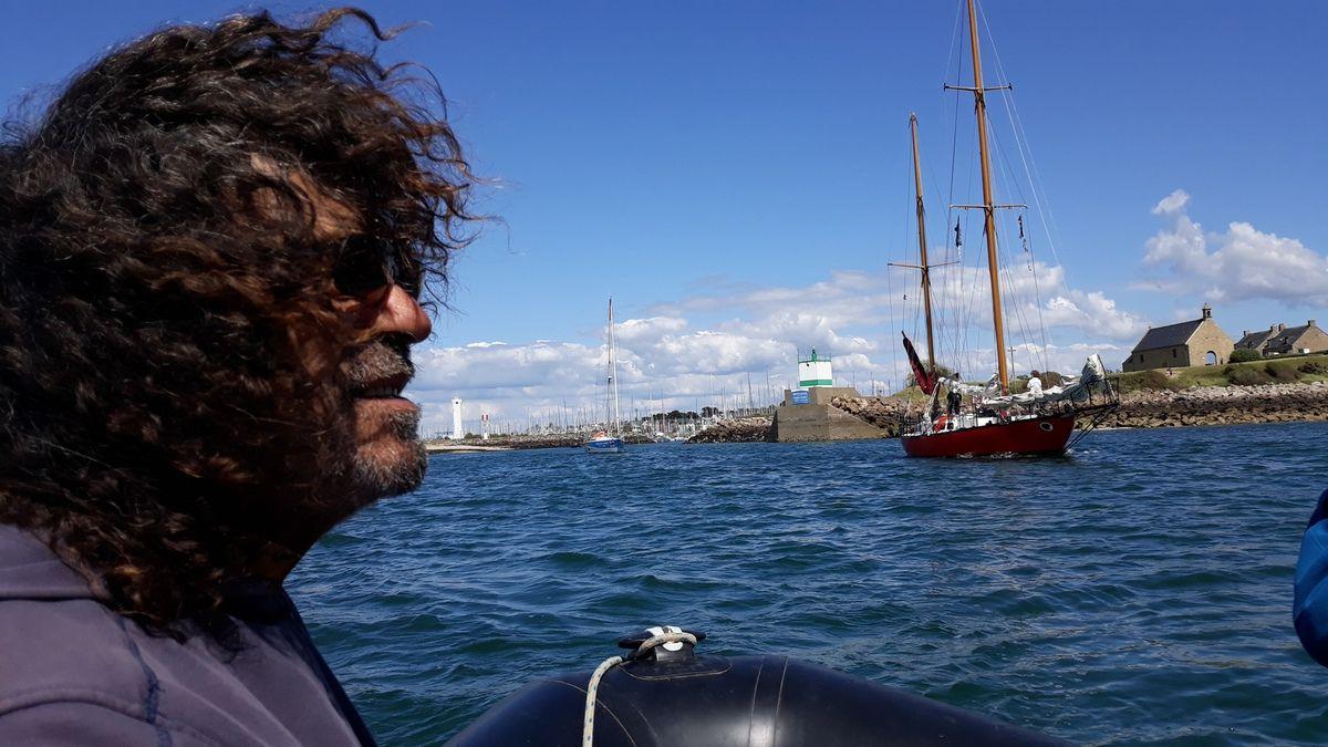 L'arrivée de la flotte de la longue route au Bono.