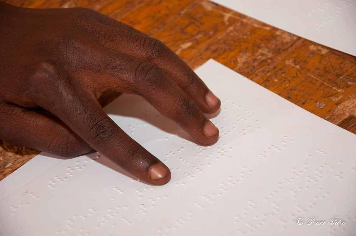 Ouagadougou: visite d'une école pour aveugles et malvoyants  par Bruno Tréca !