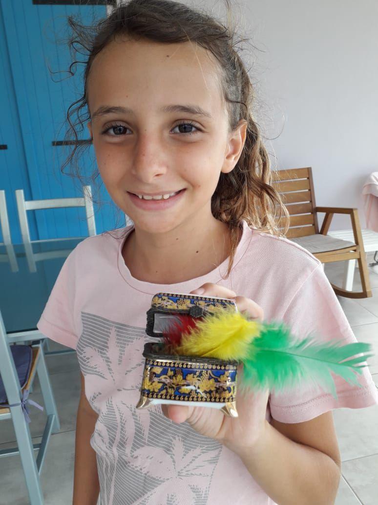 Yanna et ses plumes d'or
