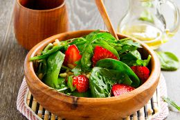 Spinach Salad Calories Recipes Nutritional Facts And More Health Tips