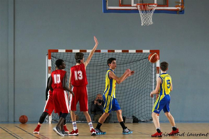 COMPETITIONS BASKET