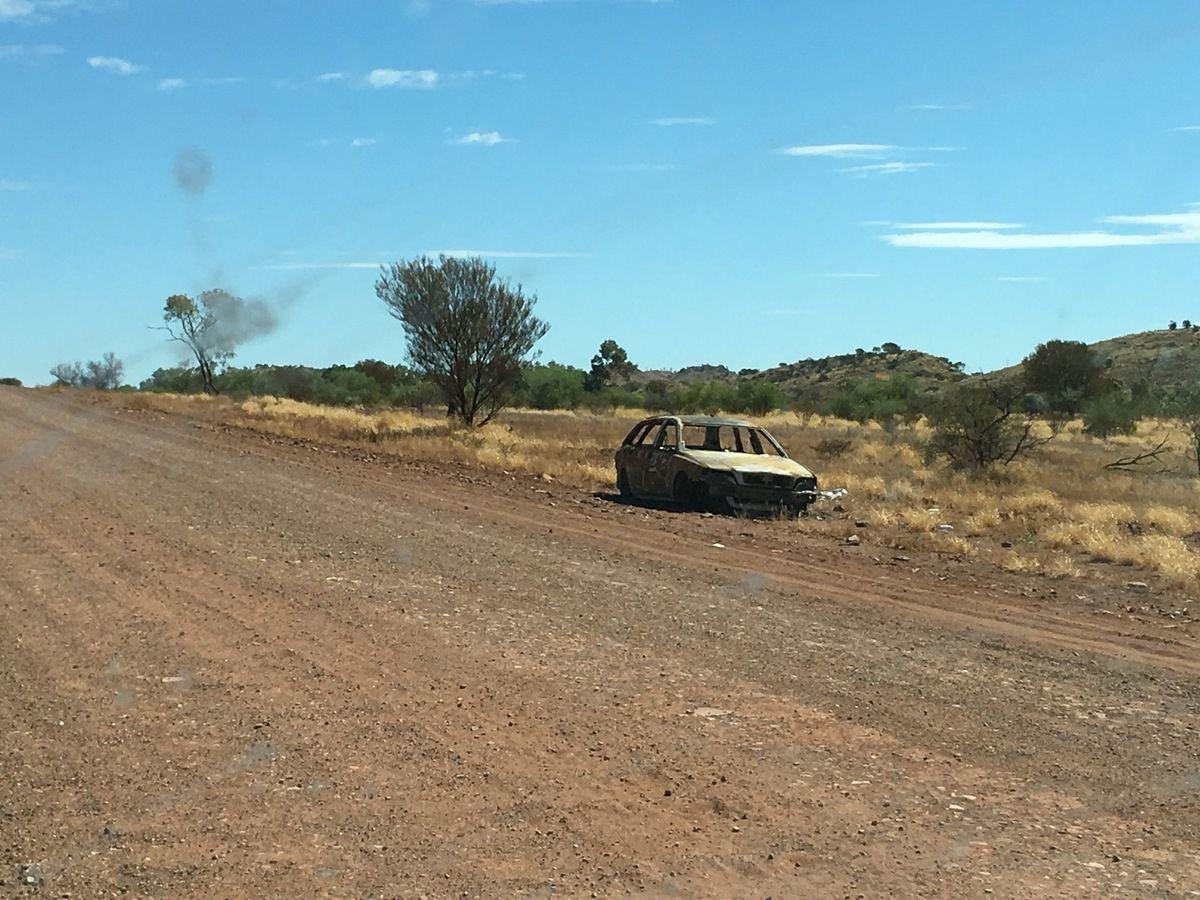 La piste, encore de la piste sur 154 km et quelques épaves ...