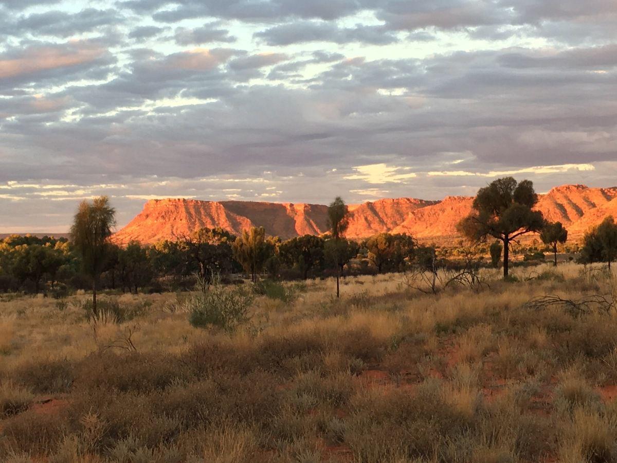 Coucher de soleil sur Kings Canyon ou voir la montagne s'embraser...