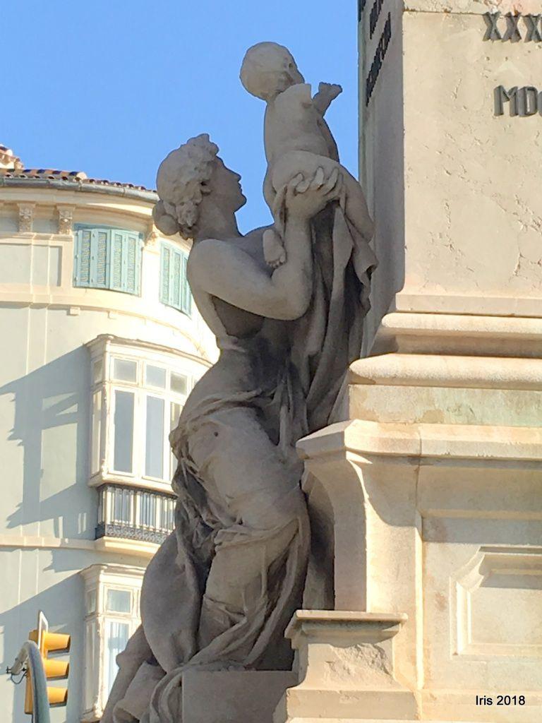 Monument au Marquis de Larios et le célèbre Musée picasso (une merveille, soit dit en passant)