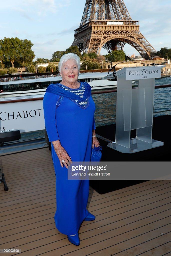 PHOTOS: Line Renaud Célèbre ses 90 ans à Paris