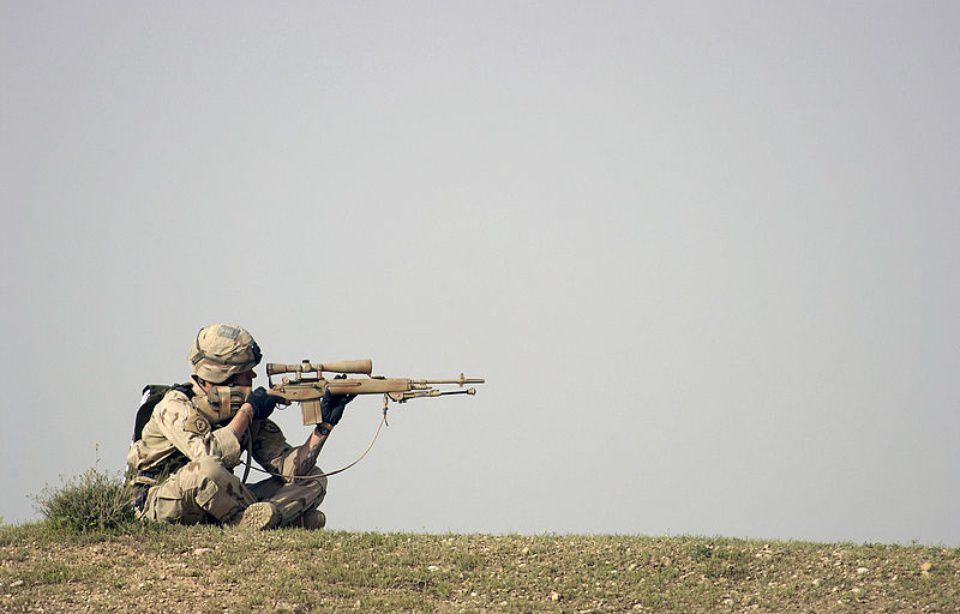 Un sniper américain (illustration). — Wikimedia Commons/T. Sgt. Mike Buytas, USAF