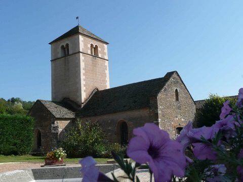 Berzé-la-Ville 71 - Le clocher