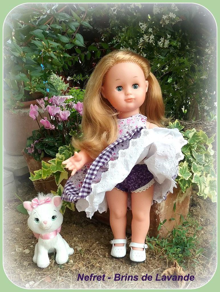 Emilie-Ninon porte la robe de juin 2015