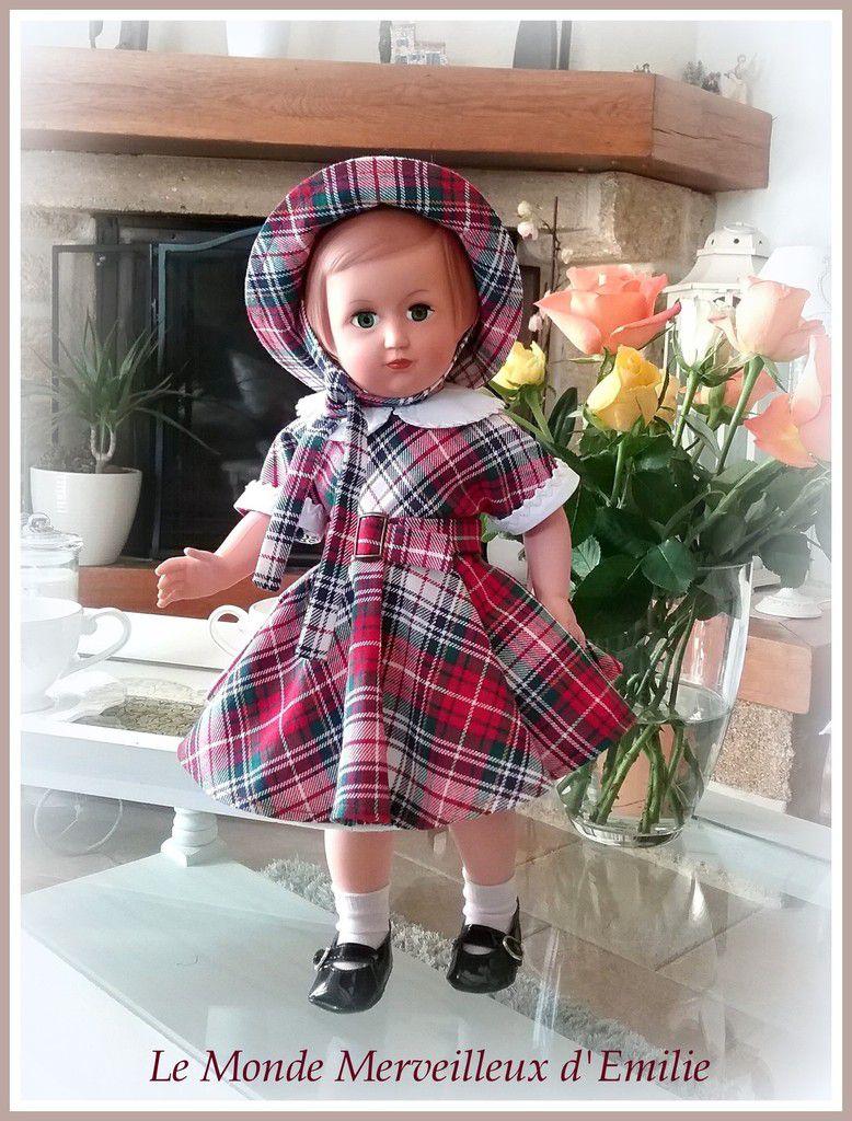 Françoise en tenue chic et élégante !