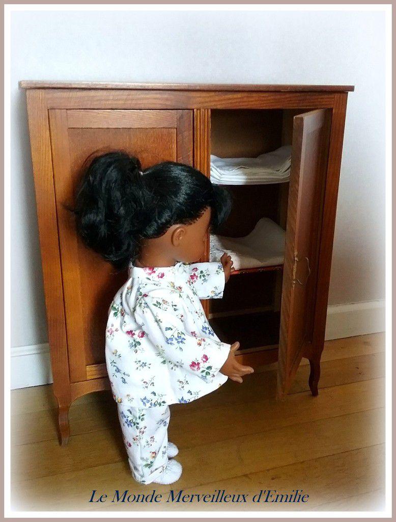 Ouvrons l'armoire pour trouver un nouveau drap