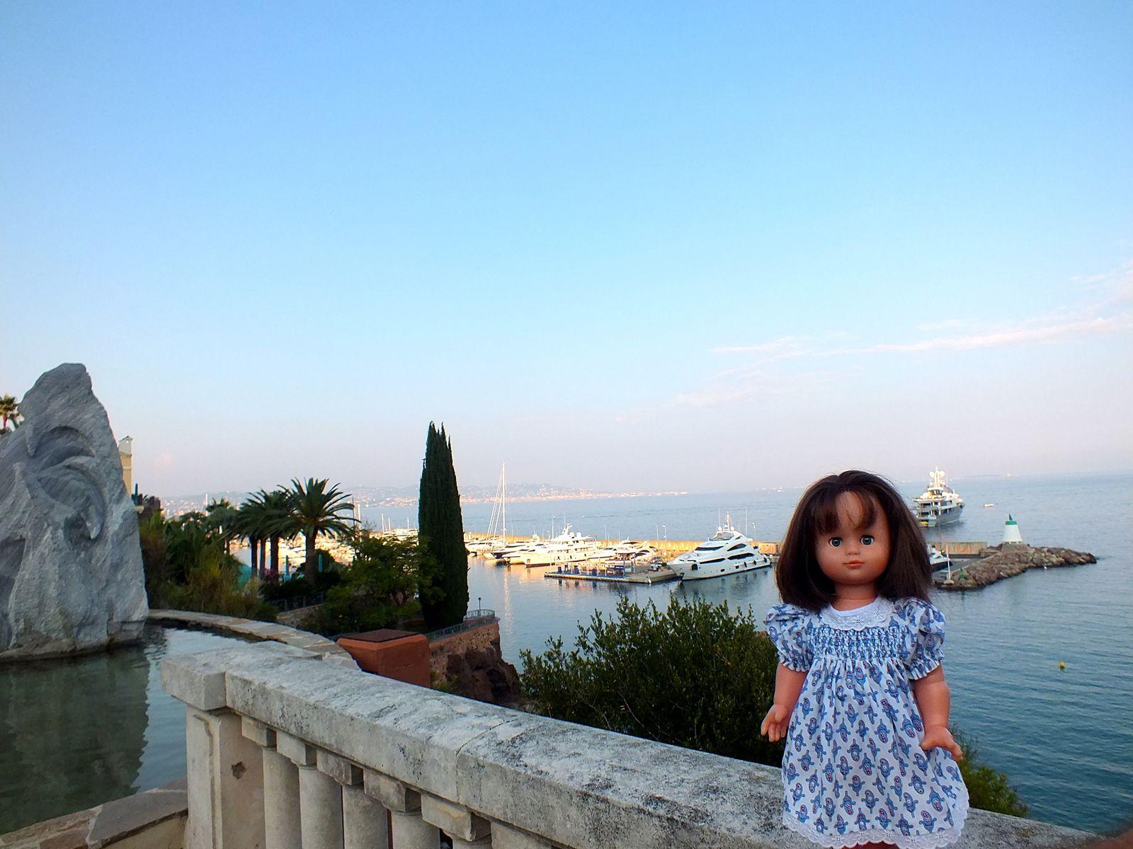 Emilie-Lise se balade à Théoule