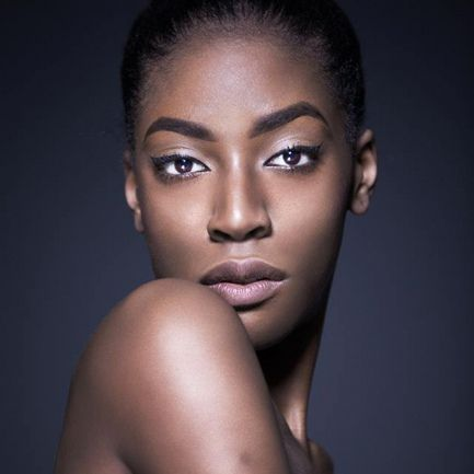 Miss Angola Ana Liliana Aviao