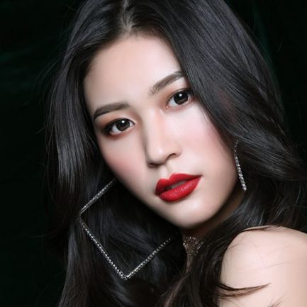 Miss Chine Meisu Qin