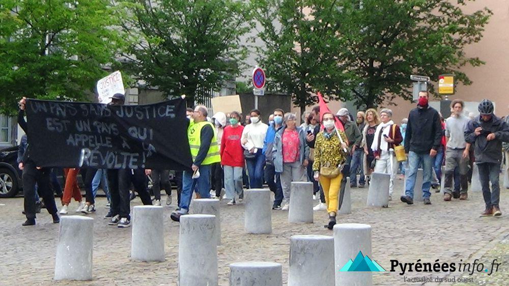 Manifestation contre le racisme à Tarbes