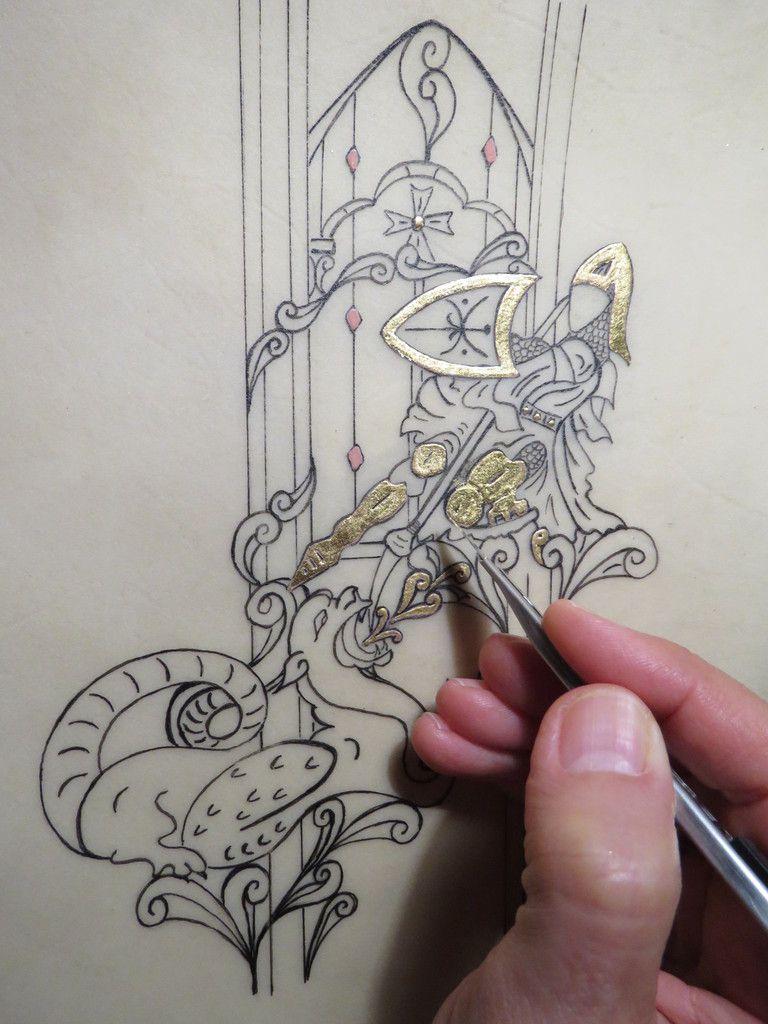 moniquekalita enluminure chimere bestiaire medieval chevalier art artistepeintre feuilledor heraldique amboise moyenage medieviste