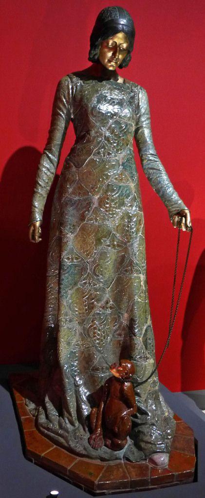 Camille Alaphilippe (sculpteur), Alexandre Bigot (céramiste) - La Femme au singe (1908) - Grès émaillé et bronze doré - PARIS, PETIT PALAIS