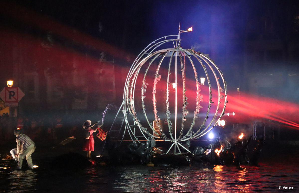 Show aquatique - bassin de la Villette