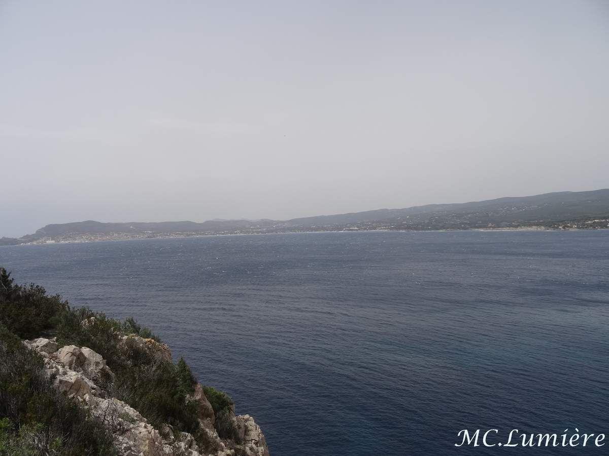 magnifique sentier du littoral entre Bandol et Six fours