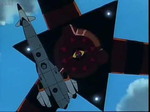Le Nautilus et la forteresse volante de Gargoyle. Deux vaisseaux jumeaux mais aux intentions radicalement opposées.