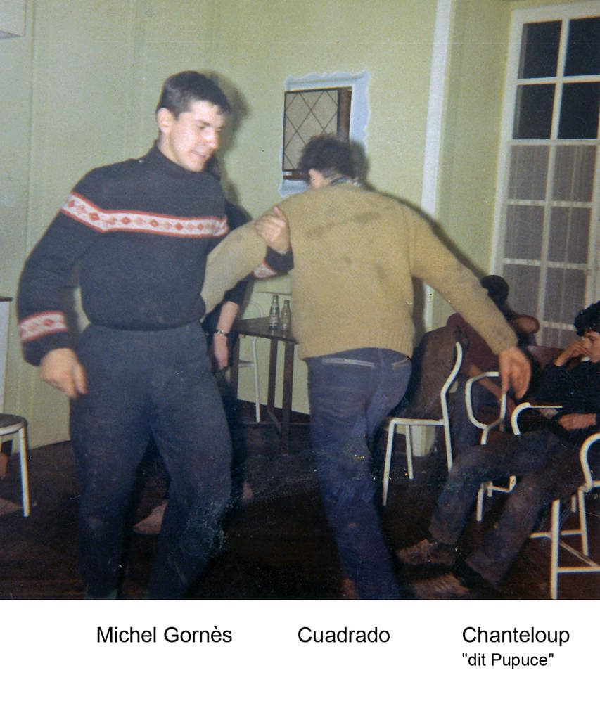 Photos confiées par Daniel Deniger (farniente, danse au foyer, match au stade) - errata de Daniel, ce n'est pas Guillemelle qui danse, c'est Thomas