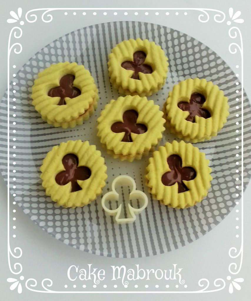 Sablés trèfles à la pistache et Nocciolata pâte à tartiner bio
