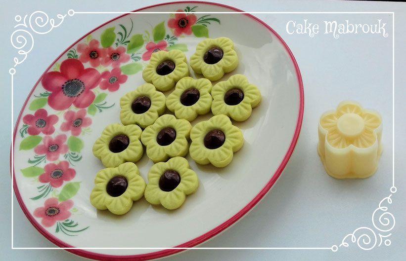 Tarlettes fleurs pistache chocolat nestlé