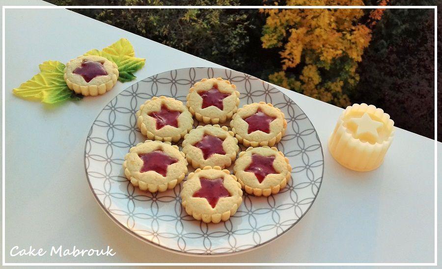 Tartelettes étoiles à la confiture de fraise
