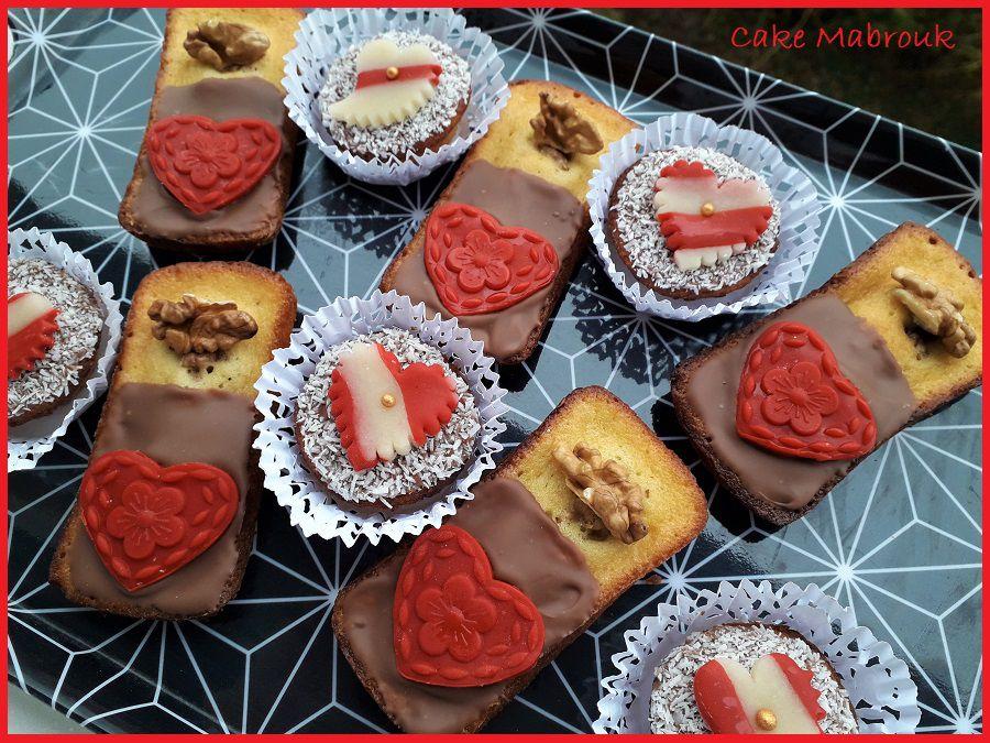 Petits gâteaux chocolat et noix coeur rouge
