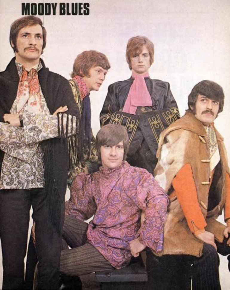 Moody Blues - Nights In White Satin - rocktraductions over