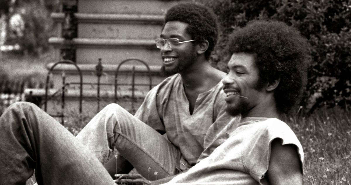 [Jazz] Playlist - Page 11 Ob_9c9638_gil-scott-heron-brian-jackson-by-gary