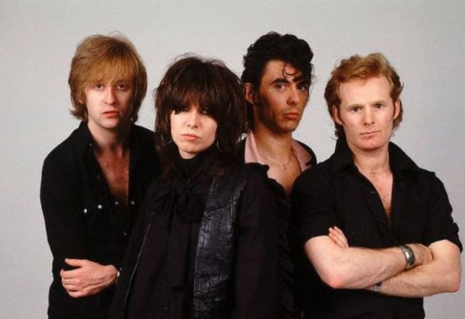The Pretenders Thin Line Between Love And Hate translated in French