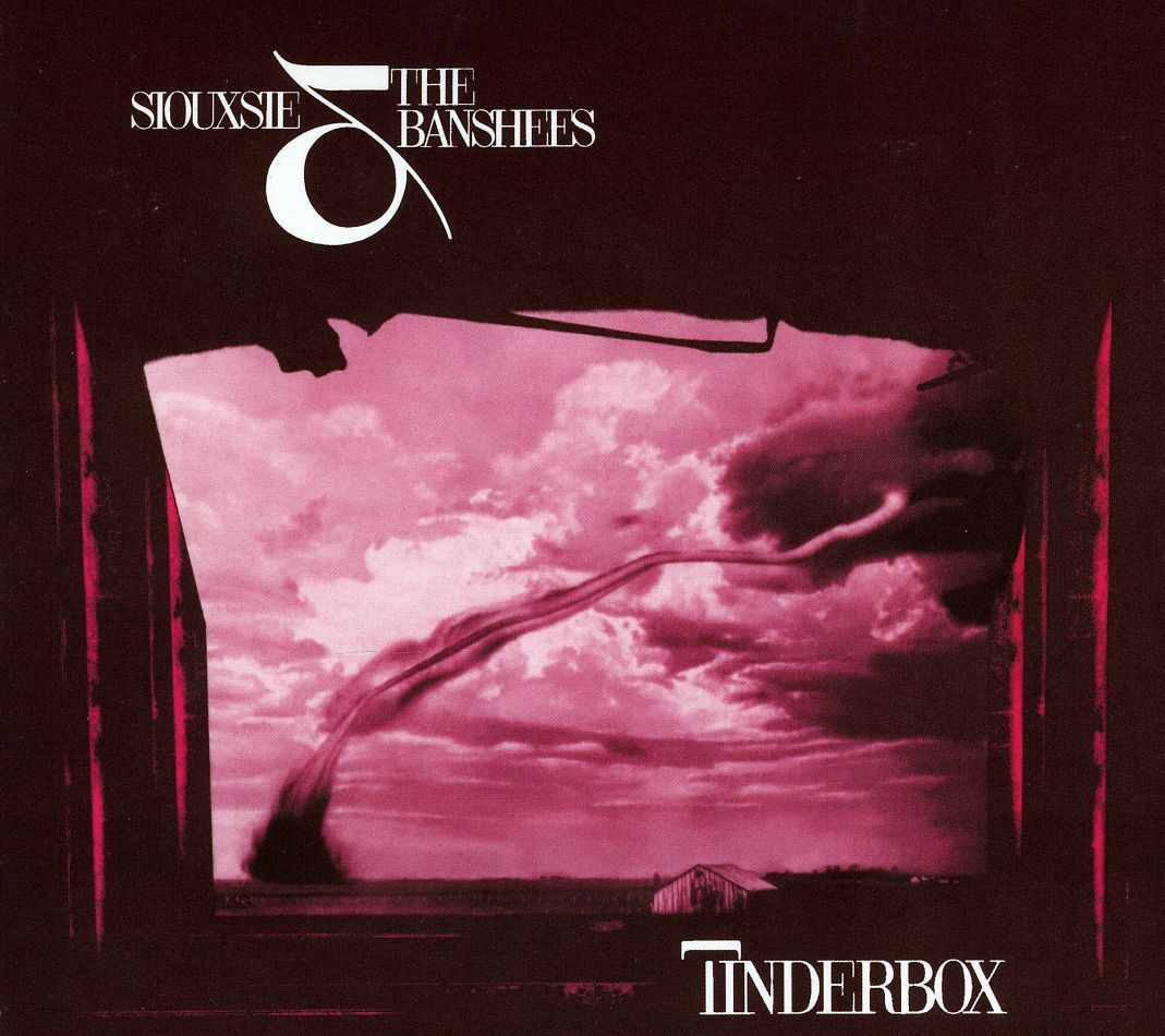 Siouxie Tinderbox 1986 album. Cities in Dust translated in French.