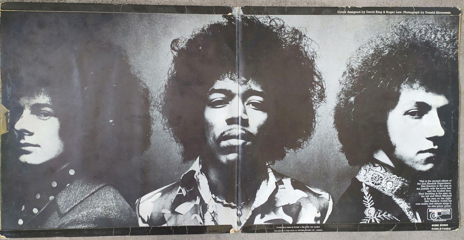 Jimi Hendrix - Spanish Castle Magic : traduction en français, interprétation, versions Jimi Hendrix, et reprises de Santana et autres dans rocktranslation.fr.