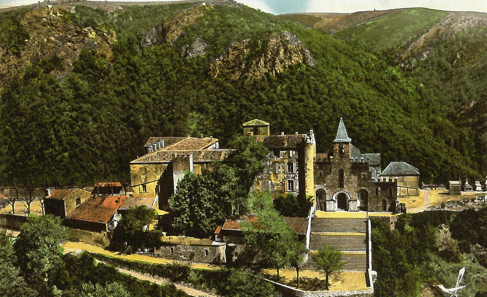 L'église d'Ambialet à la fin du 19ème - début du 20ème siècle