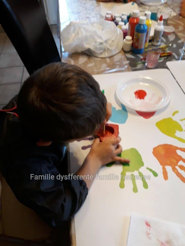 Un samedi sous la pluie : activité peinture !!!