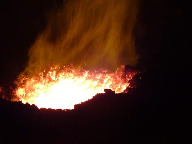 Le Show Continue Au Volcan   Photo De ©Alexis Martinez ©Brandon Production  Photo Non Libre De Droit