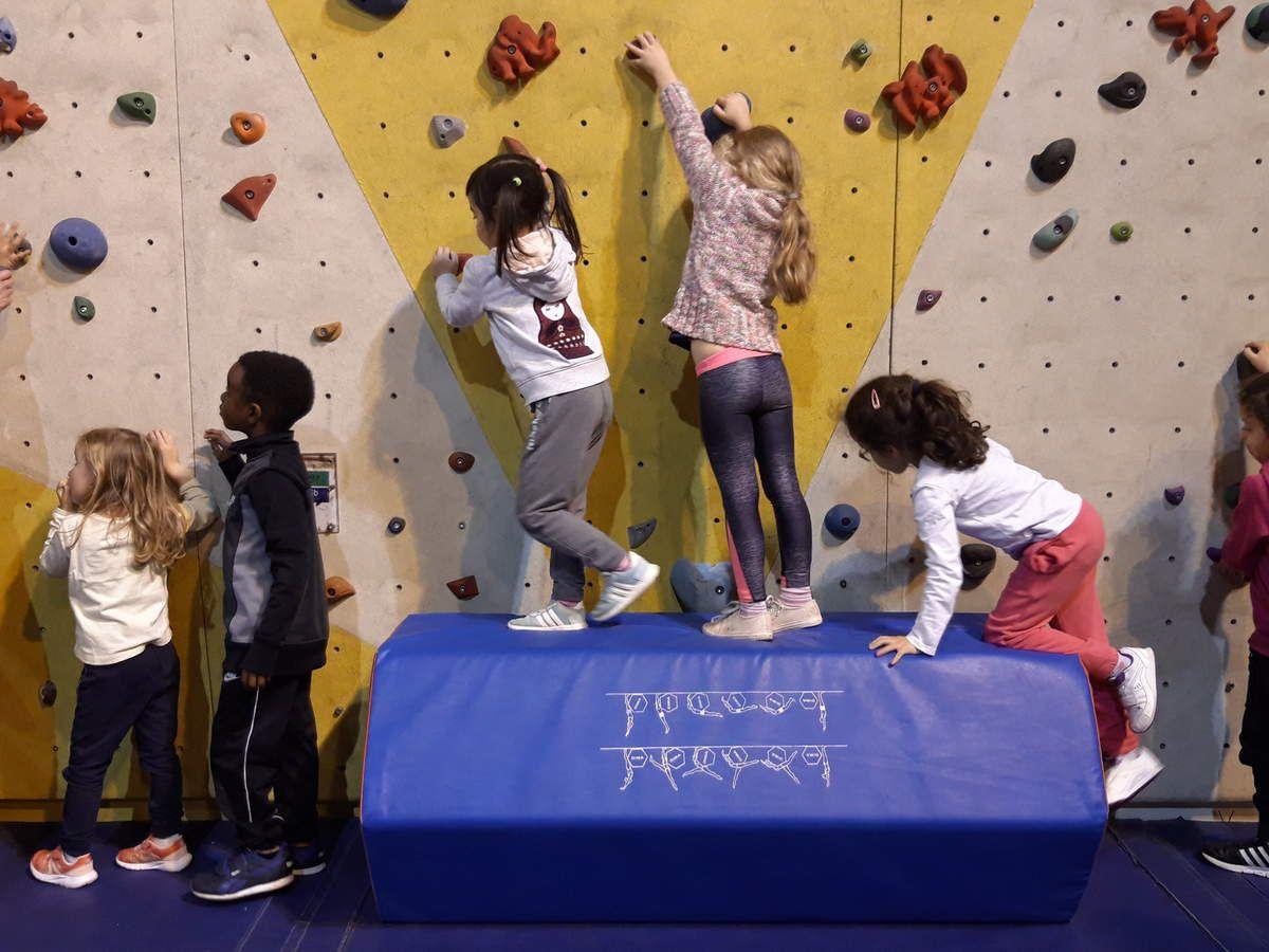 Journées sportives pour les classes de grande section au gymnase Thibault