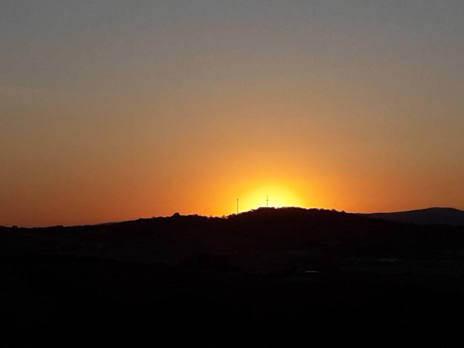 Good morning world, Mark Alexander, 6 mai 2020, 6:59