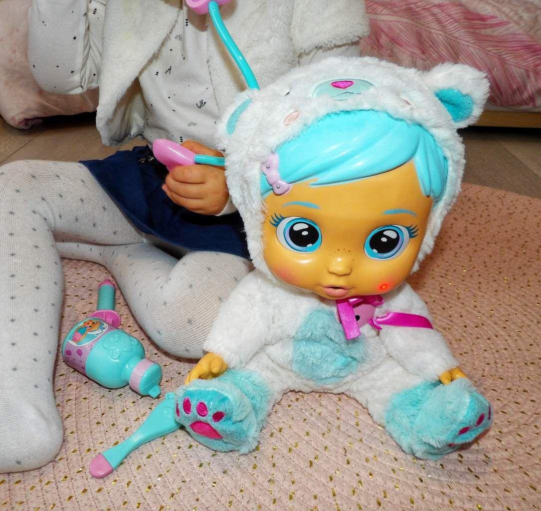 Kristal, cry babies, bébé, jouets