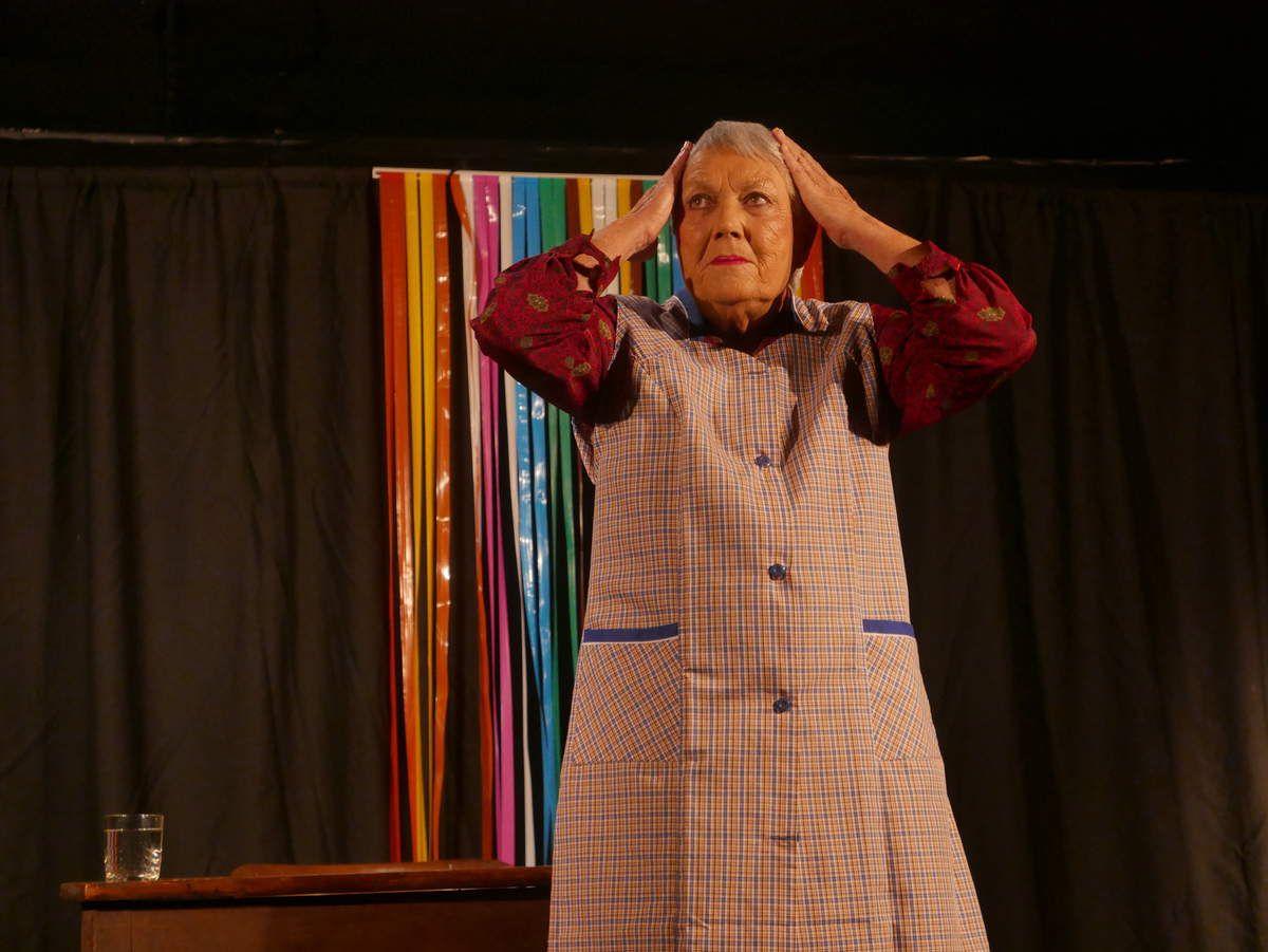 Mémé est une pièce de théâtre adaptée de l'oeuvre éponyme de Philippe Torreton