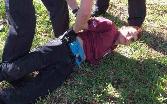 interpellation-de-nikolas-cruz-par-la-police-psycho-criminologie.com