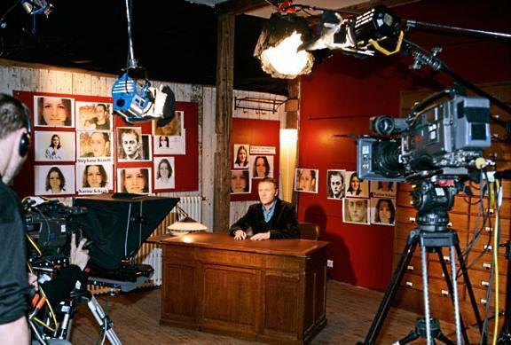 Faites entrer l'accusé-tv-emission-christophe-hondelatte-telestar2-france2-psycho-criminologie.com