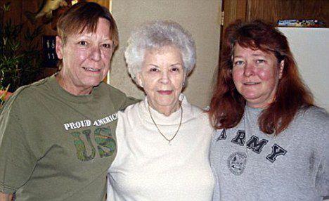 Betty Neuman avec ses filles, Peggy et Kelly