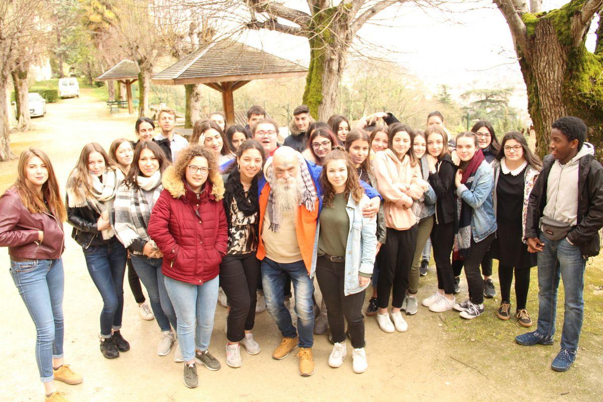 Pierrot Sapu rencontre les jeunes