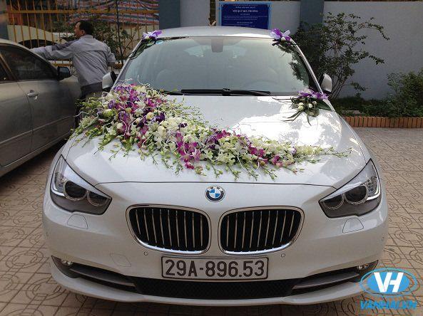 Sở hữu chiếc xe cưới BMW khiến đám cưới thật sự ấn tượng