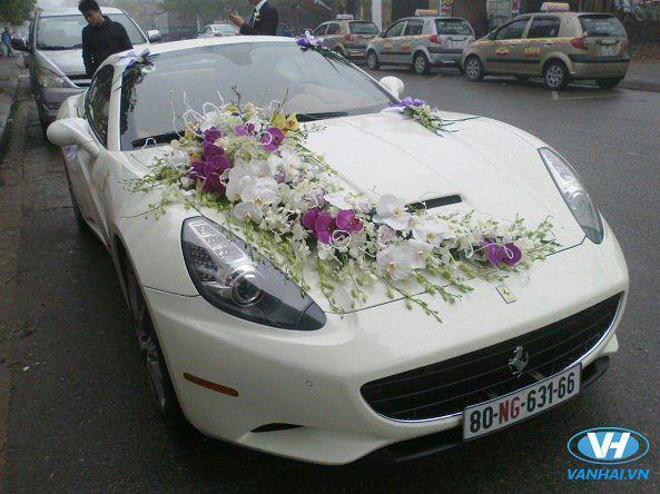 Thuê xe cưới tiện nghi, sang trọng của công ty Vân Hải
