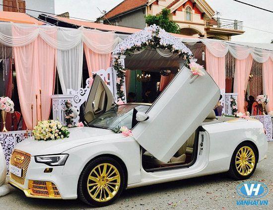 Xe cưới Audi A4 được trang trí sang trọng, thanh lịch