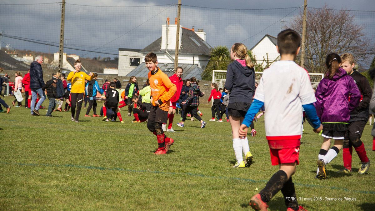 TOURNOI DE PAQUES ORGANISÉ PAR LE FOOTBALL CLUB LE RELECQ-KERHUON  LES 31 MARS & 1er AVRIL 2018 - LES PHOTOGRAPHIES