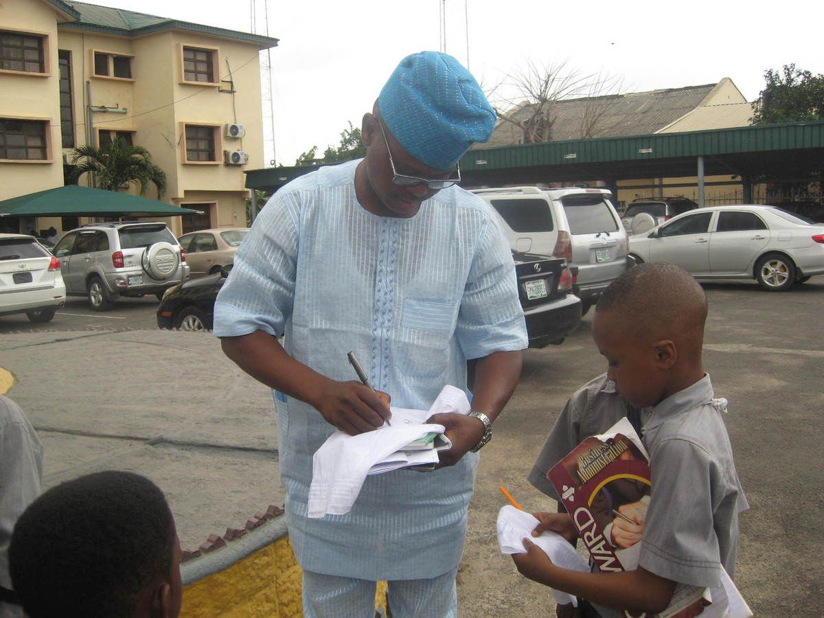 some of pictures showing the kids with the Honorable Speaker of Oyo State House of Assembly